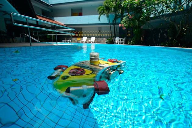 Небольшой подводный робот российских студентов произвёл фурор на чемпионате в Сингапуре