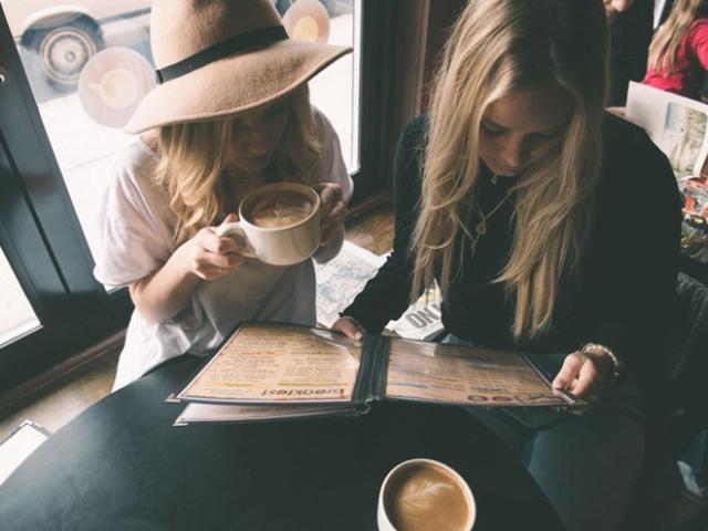 Нові київські кав'ярні, які зігріють цієї зими