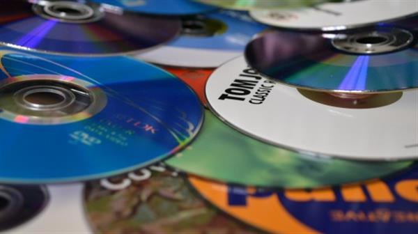 reShootz creates 3D printer filament from recycled CDs and DVDs