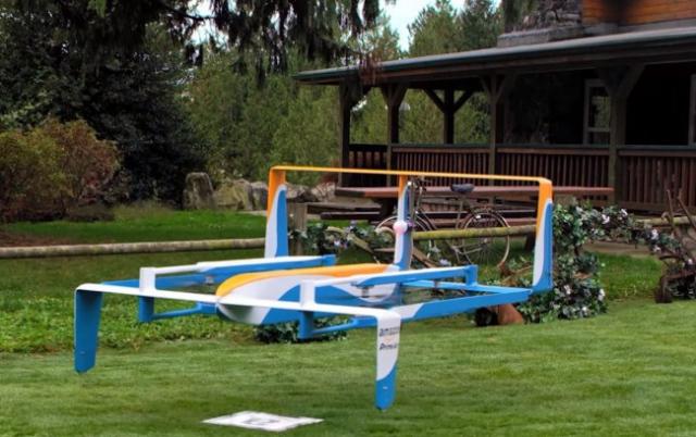 Новый дрон-курьер от Amazon