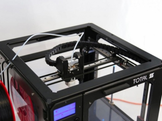 Overview of custom and industrial 3D printers Total Z