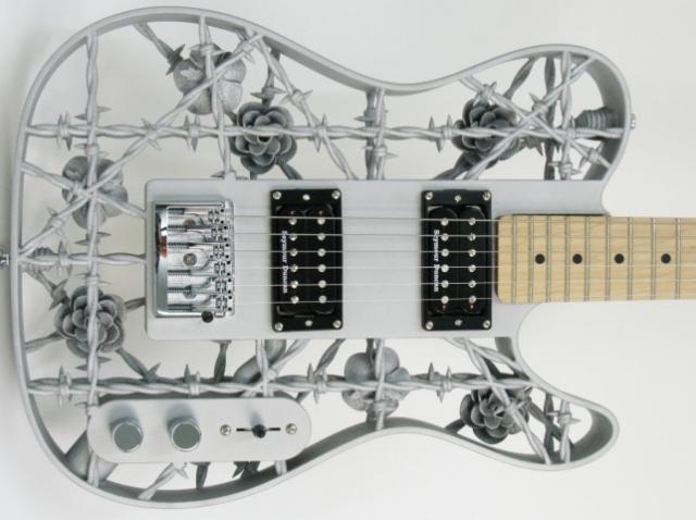 Олаф Дигель создал функциональную 3D-печатную гитару в стиле heavy metal