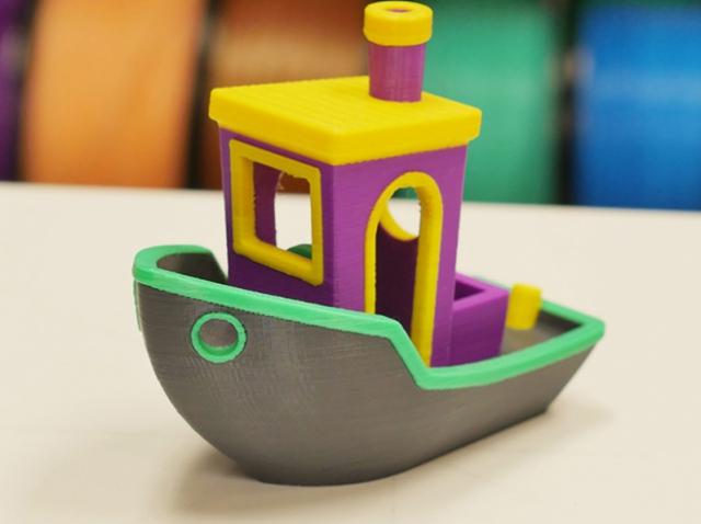Palette+ сделает 3D-принтер с одним экструдером более функциональным