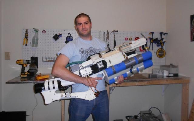Первый «карманный» рельсотрон был создан американцем при помощи 3D-принтера