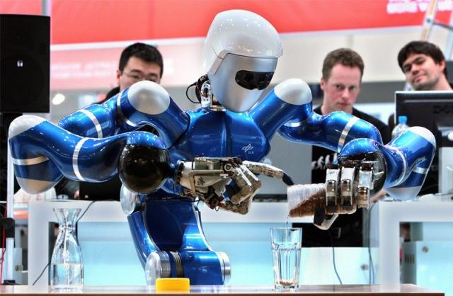 Первый российский Центр робототехники появится в технополисе «Москва»