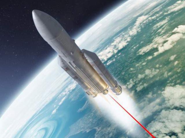Полет на Луну, космическое образование в РФ и другие новости индустрии