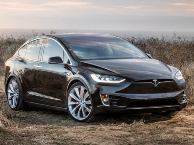 Продажи электромобилей в России увеличились в три раза