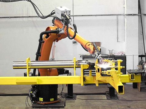 Промышленные роботы : как скоро они заменят человека ?