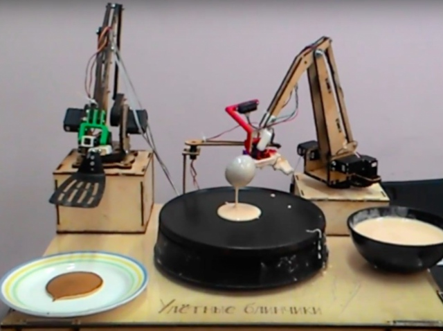 Робот-блинопек порадует москвичей своим мастерством