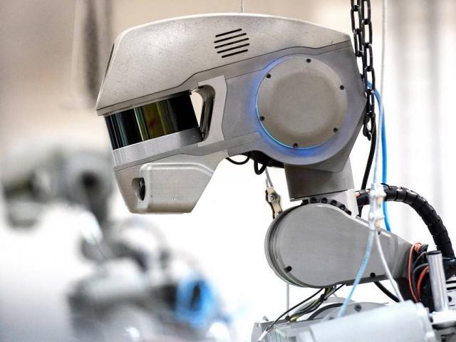 Робот «Федор» будет управлять космическим кораблём «Федерация»