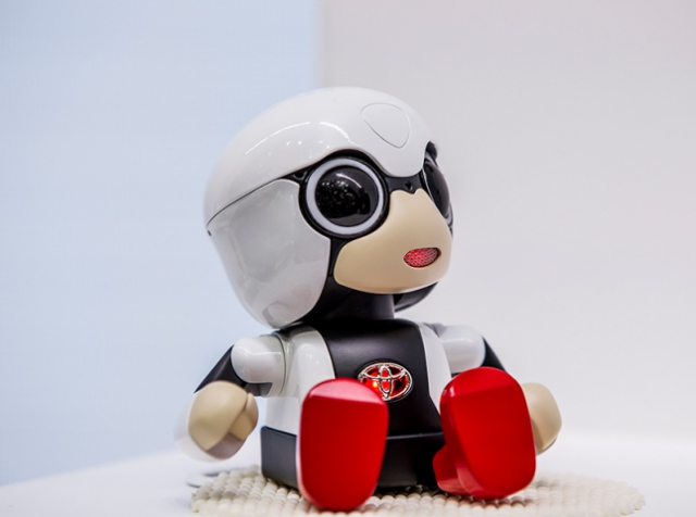 Kirobo Mini – a toy to combat loneliness