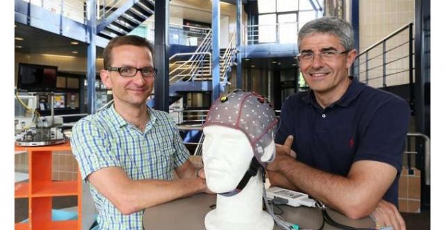 Робот, которым можно управлять силой мысли