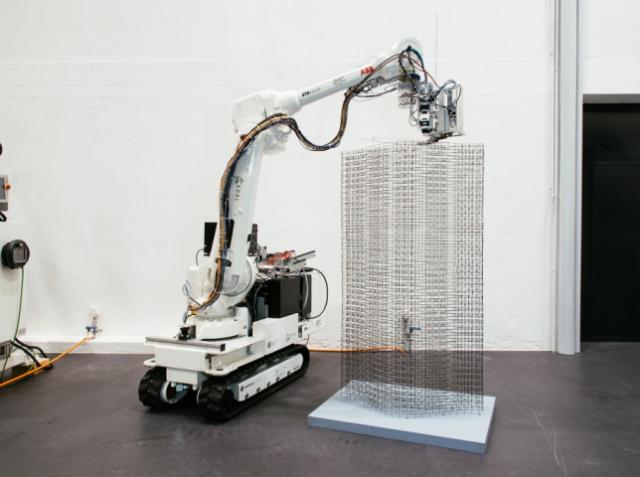 Робот Mesh Mould может автоматически армировать конструкции любой конфигурации