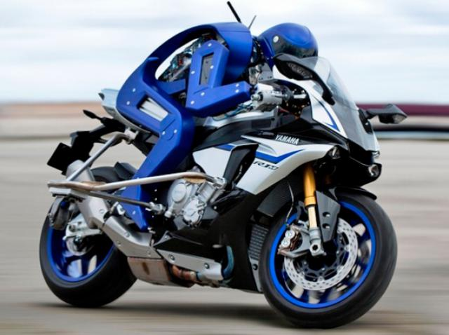 Robot vs professional racer: Yamaha Motobot threw down a challenge to Valentino Rossi