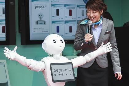 Роботы будут ходить в школу вместе с обычными школьниками
