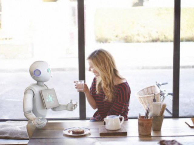 Robots and humans: the evolution of relationship between people and technology