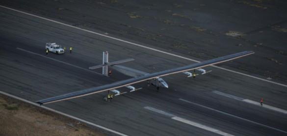 Самолет на солнечных батареях успешно преодолел Тихий океан
