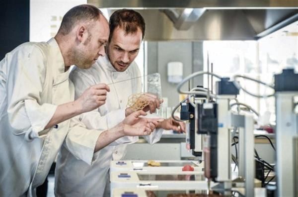 Шеф-повар из Испании поразил гурманов едой, напечатанной на 3D-принтере