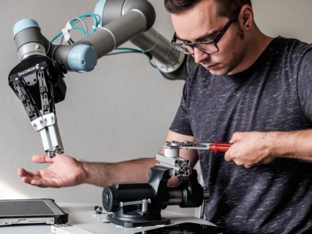 Скоро появятся новые стандарты оценки рисков работы с роботами