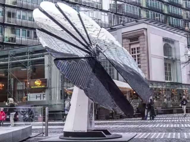 Smartflower: solar panels that follow the sun