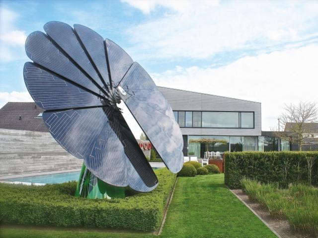 Smartflower – умные панели, следующие за солнцем