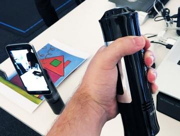 Создан контроллер, имитирующий в VR холод, жар и боль