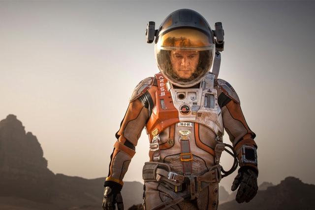 Spacex розробляє функціональніший і стильніший скафандр для польоту на Марс