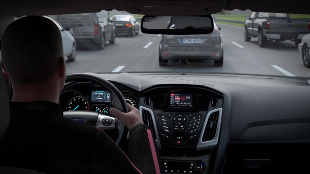Bootstrapping. How can a driver avoid traffic jams by means of ConnectedCar technologies?
