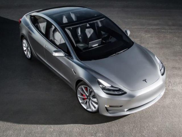 Tesla: Production Model 3