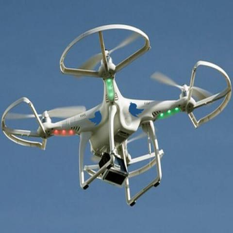 Twitter запатентовала дрон, управляемый записями в микроблоге
