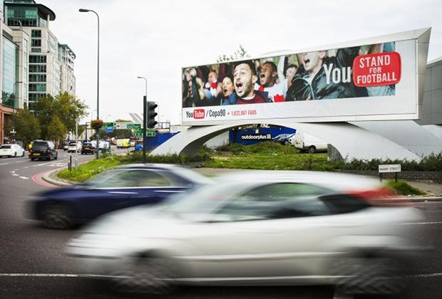 Умная реклама от Google теперь на улицах Лондона