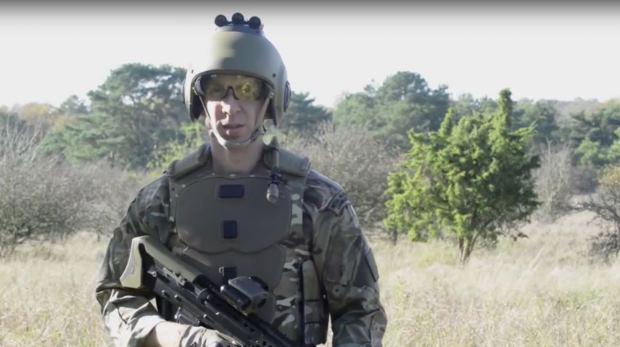 В Англии была представлена высокотехнологичная военная форма