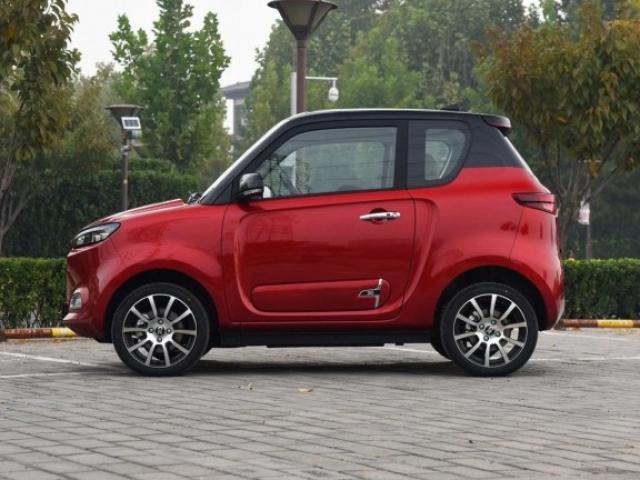 В Китае презентовали электромобиль Zhidou D3