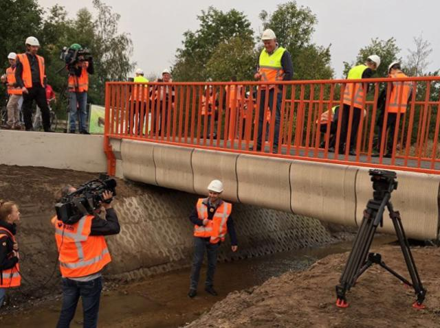 First 3D printed concrete bridge opens in the Netherlands