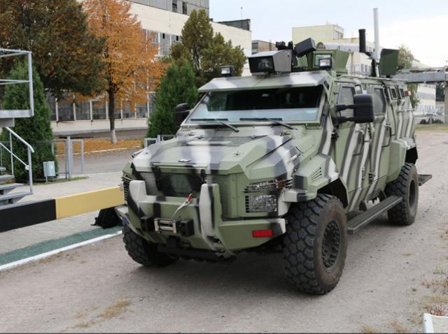 Вийшов перший український безпілотний автомобіль
