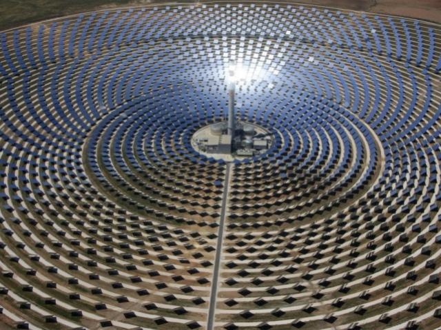 Завод сонячної енергії на 1000 МВт будують у Дубаї