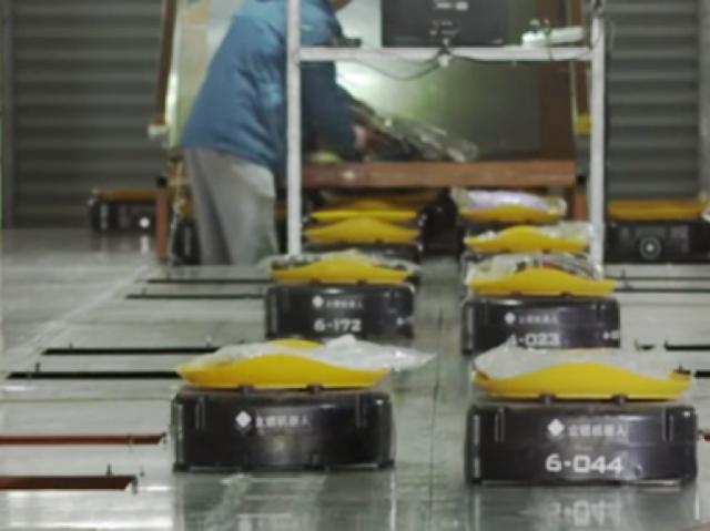 Знакомьтесь: новые роботы для отправки посылок!