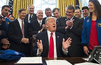 Трамп утвердил полет на Марс как ключевую цель NASA