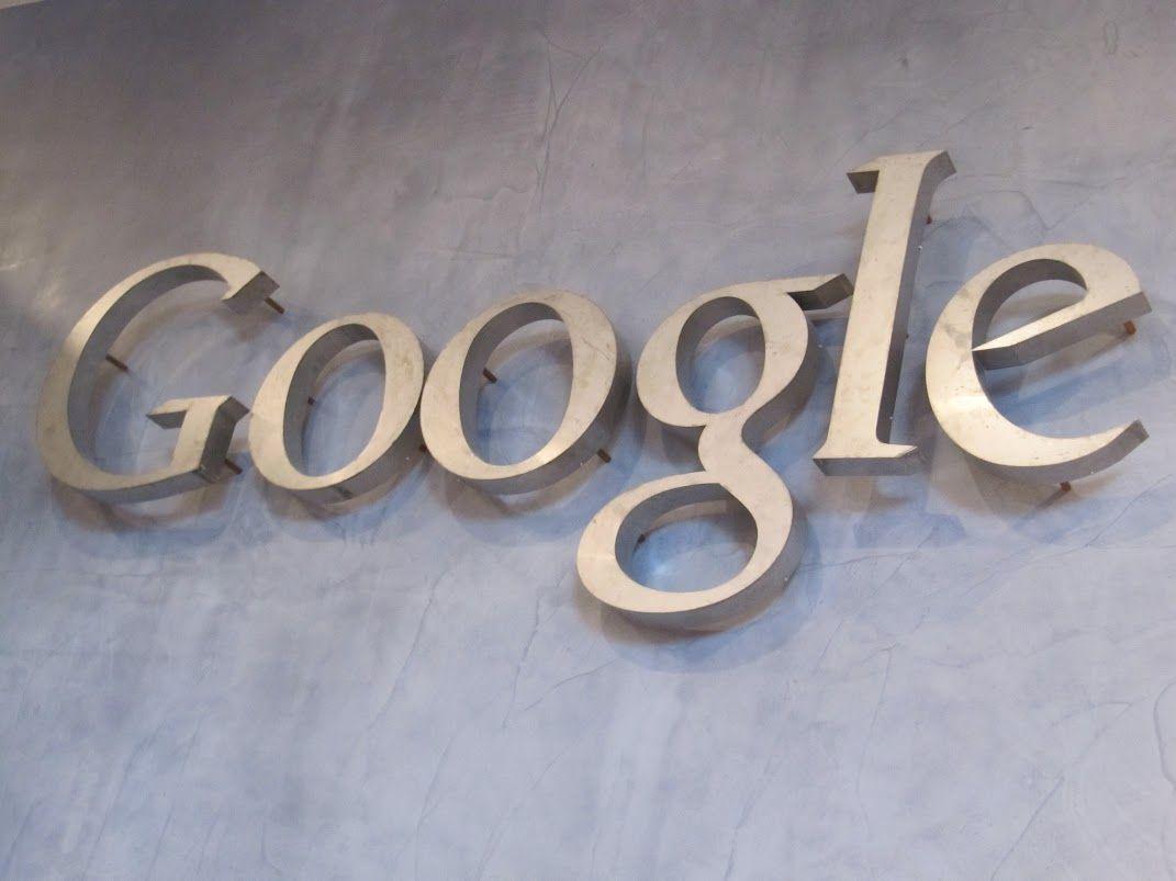 У «Гугла» появился переход на сайт компаний
