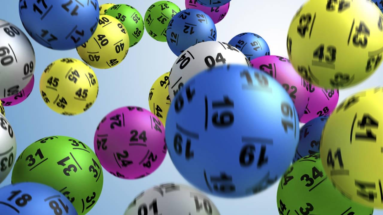 В Казахстане могут запретить лотерейные автоматы