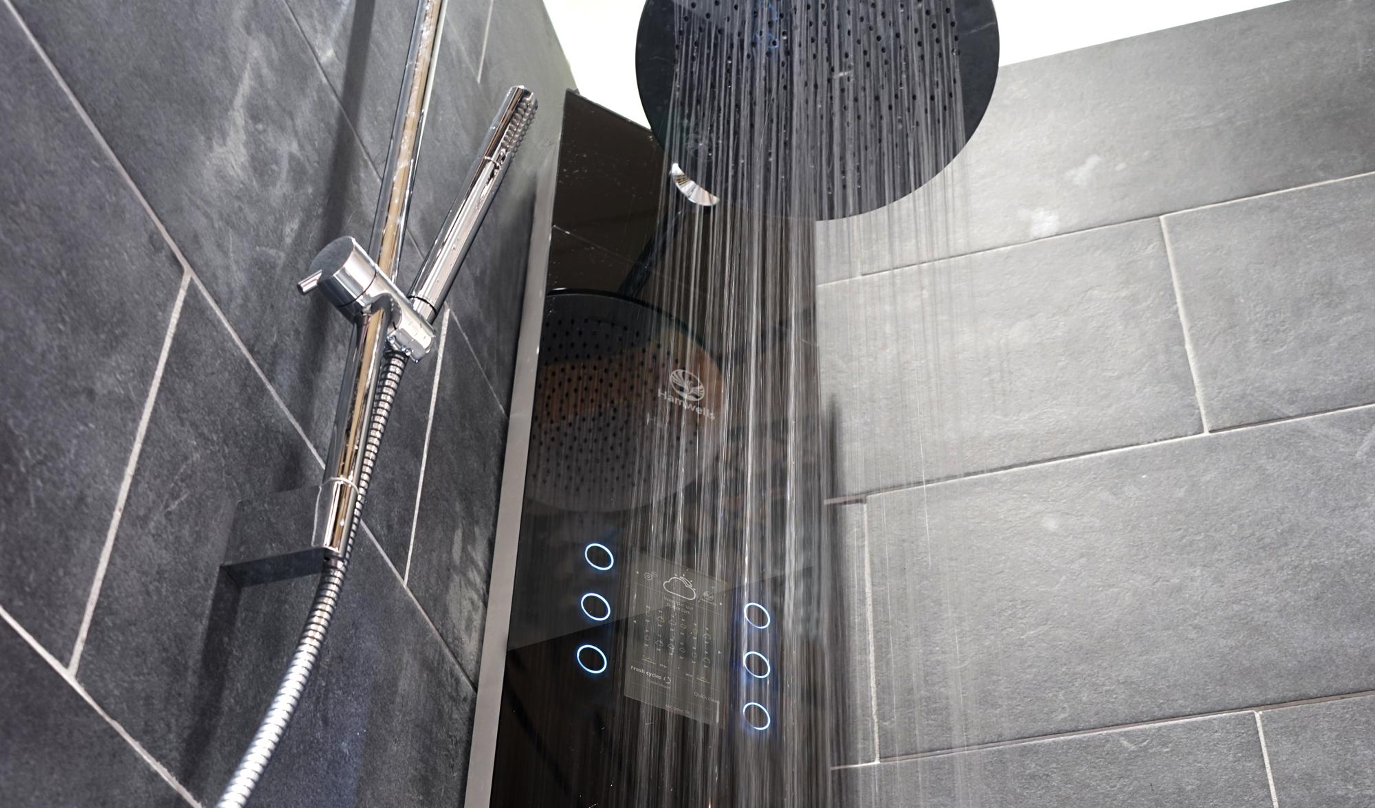 В продажу поступил умный душ, экономящий воду