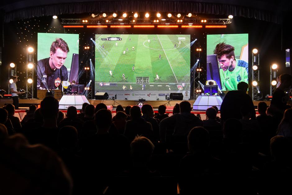 В состязании Kazan Mayor Cup 2017 победил испанский киберфутболист