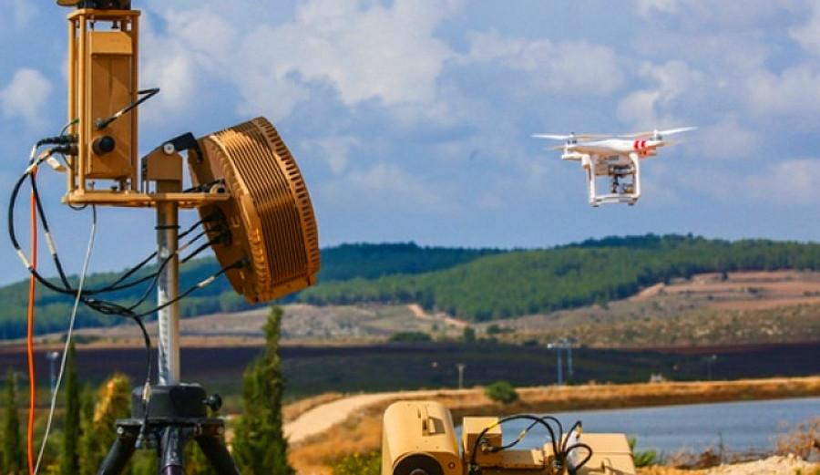 В США разрабатывают систему отражения роевой атаки дронов