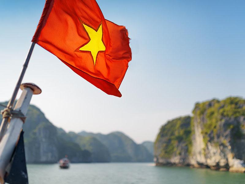 Вьетнамский ЦБ запрещает обращение криптовалют в стране с 2018 года