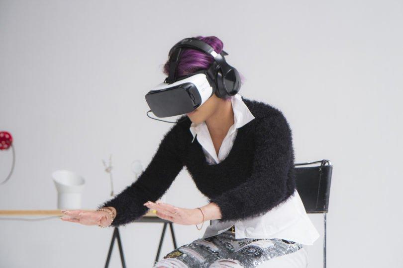 Виртуальная реальность лечит от боязни пауков