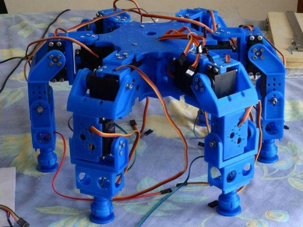 Во Франции напечатали робота-насекомое на 3D-принтере
