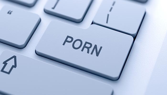 Встреча с порнозвездой за криптовалюту стала реальностью