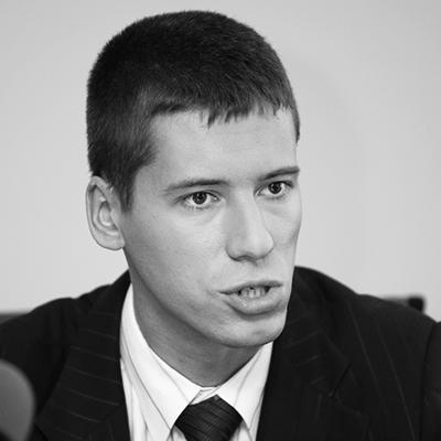 4272. Евгений Степанов