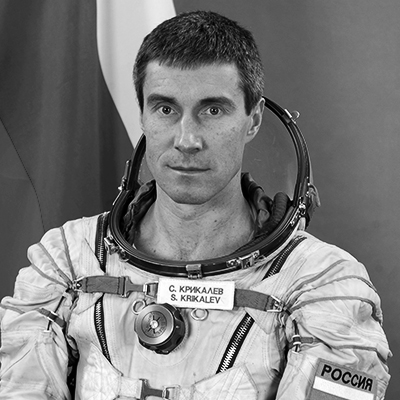 4266. Сергей Крикалев