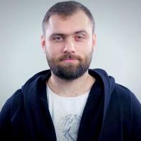 Микола Рогинець